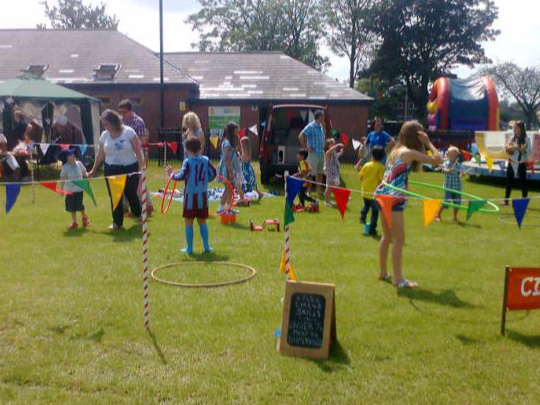 Circus skills workshops for family events